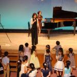【レポート】音楽と英語はお友達!熊本市国際交流会館で開催されたピアノ発表会にて子ども英語を開催しました!